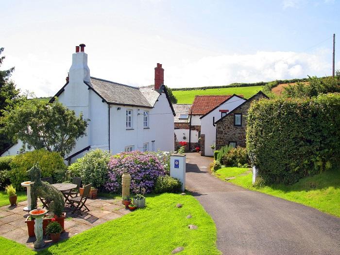 Robin Hill Farm Cottages in Devon