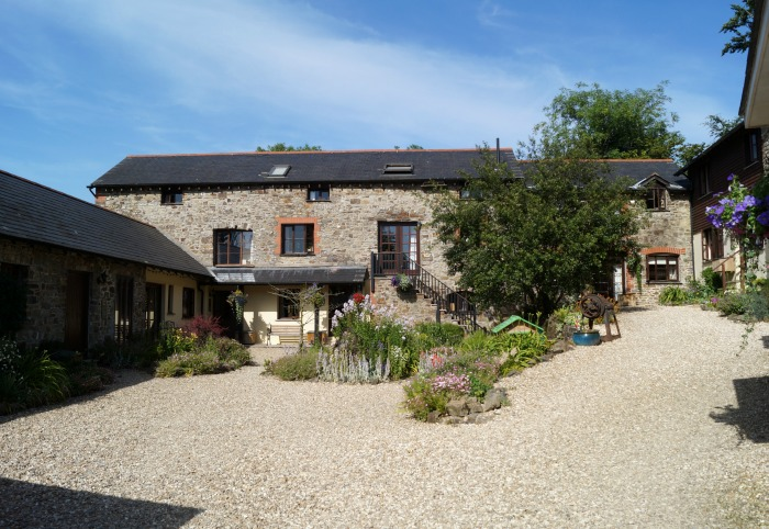 Toddler Friendly Farm Holiday in Devon: North Hayne Farm Cottages