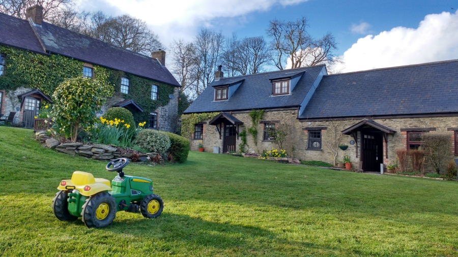 Clydey Cottages - a great place to stay in Pembrokeshire with babies and toddlers