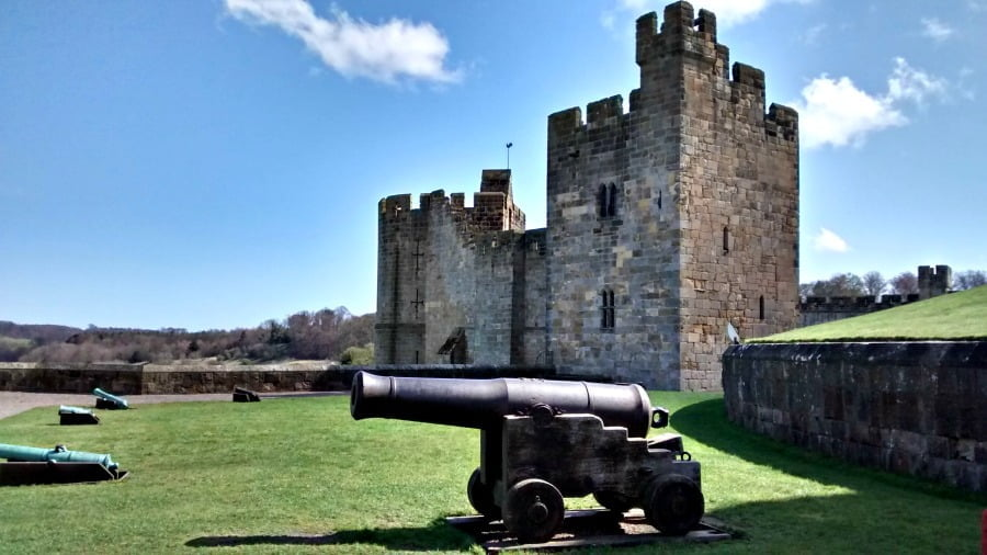 alnwick-castle-featured-post