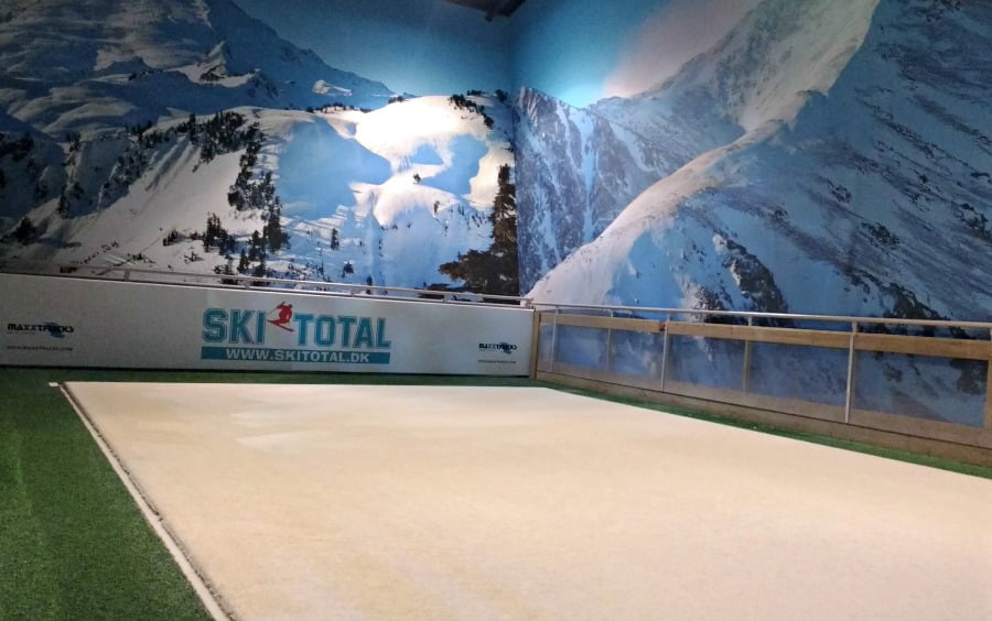 Ski slope at Winter World Lalandia