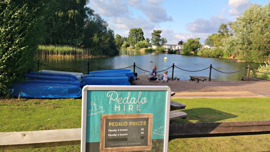 Pedalo Hire at Tattershall Lakes