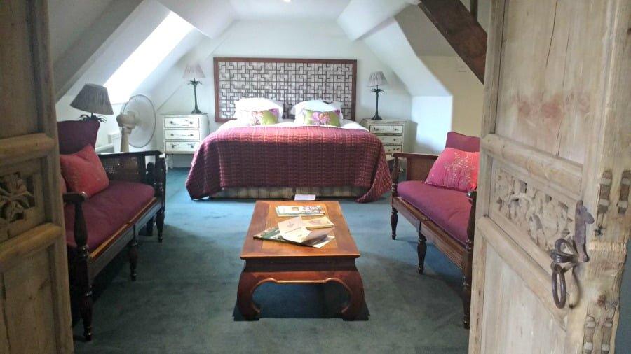 Room at Moonfleet Manor