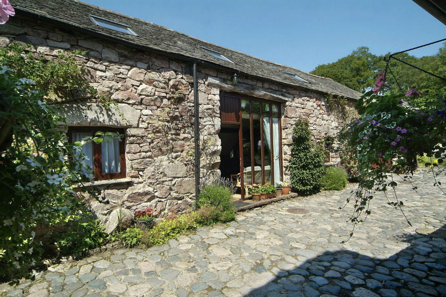 baby and toddler friendly cottages in the lake district