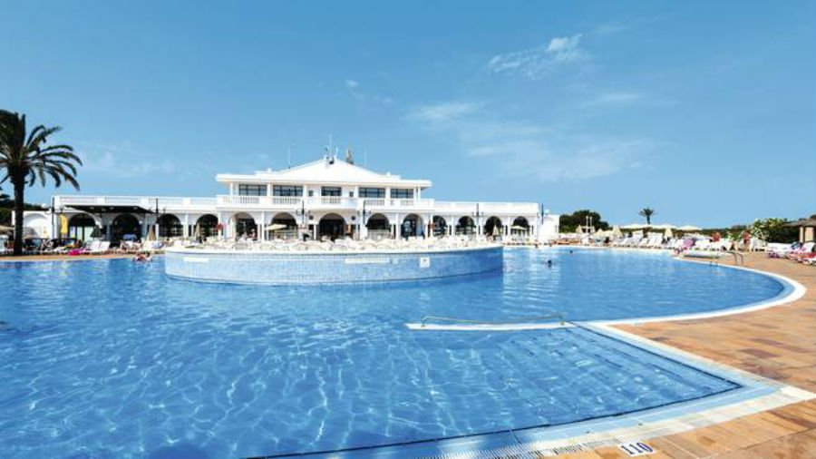 Family Life Mar De Menorca - toddler friendly hotel in Menorca