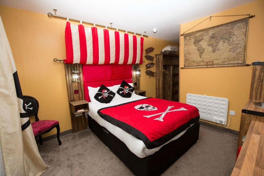 Pirate Room at Gullivers World