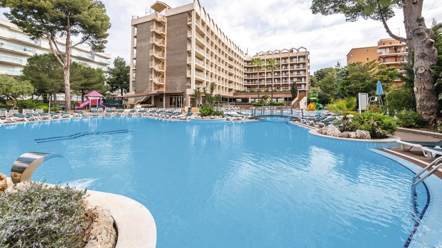 baby and toddler friendly hotel in costa dorada
