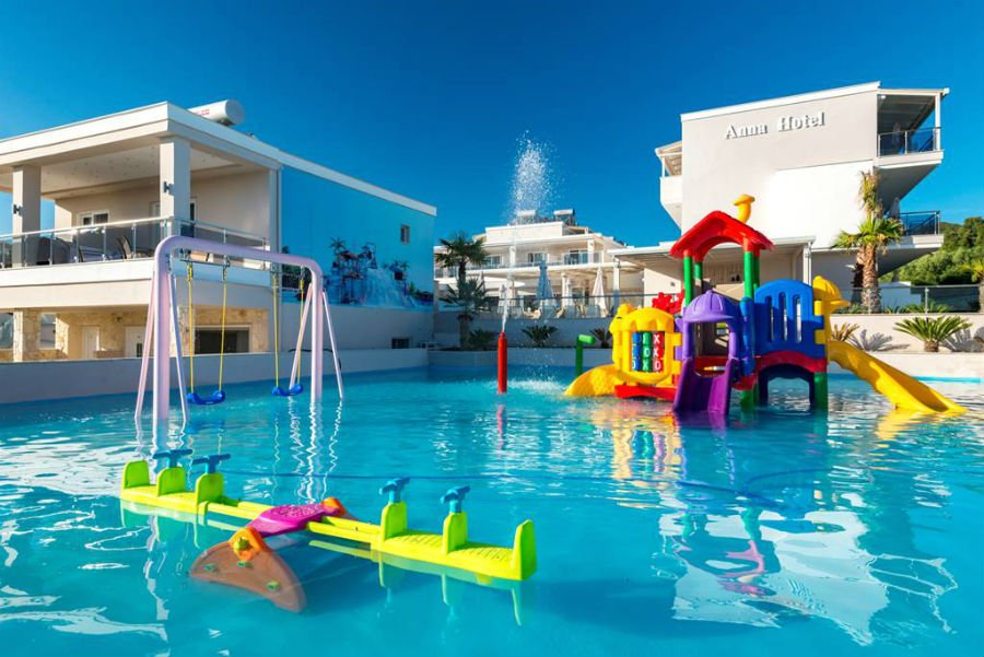 hotel for babies and toddlers in halkidiki