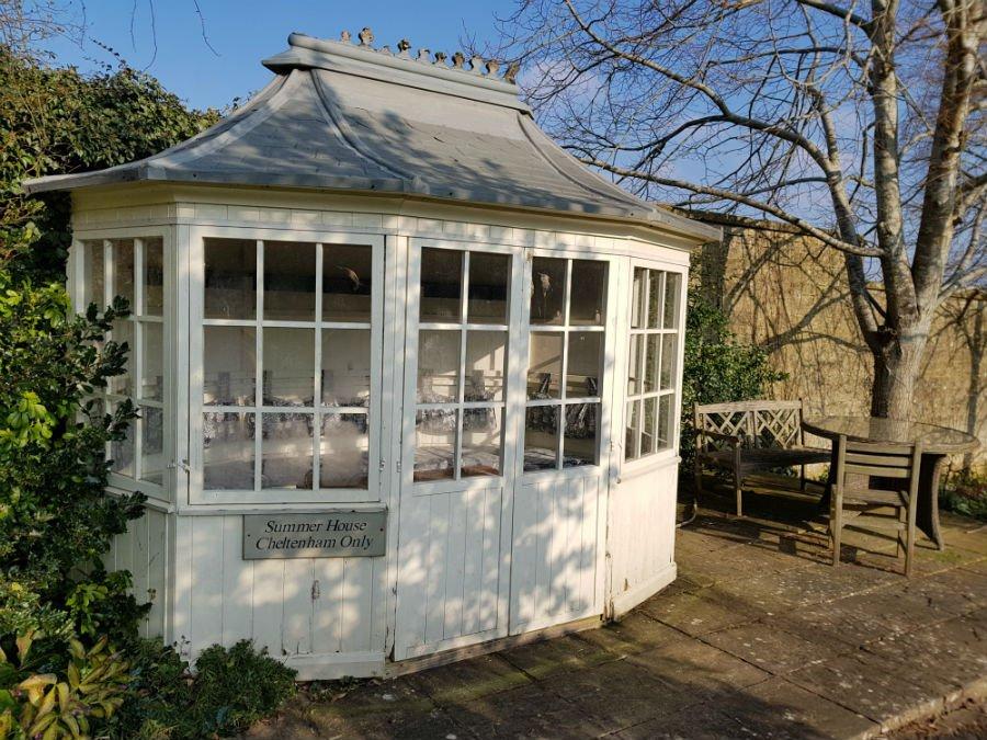Summer House at Bruern Cottages