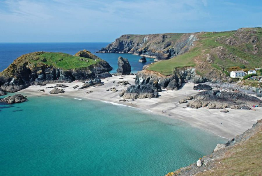 holidays for babies and toddler in cornwall