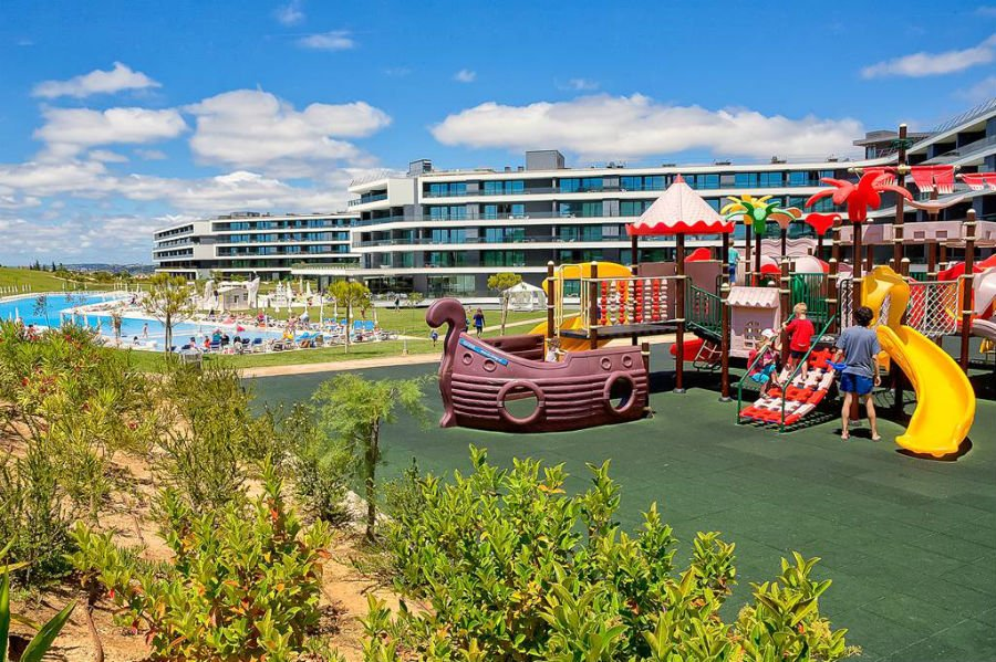 hotel for toddlers in Portgual