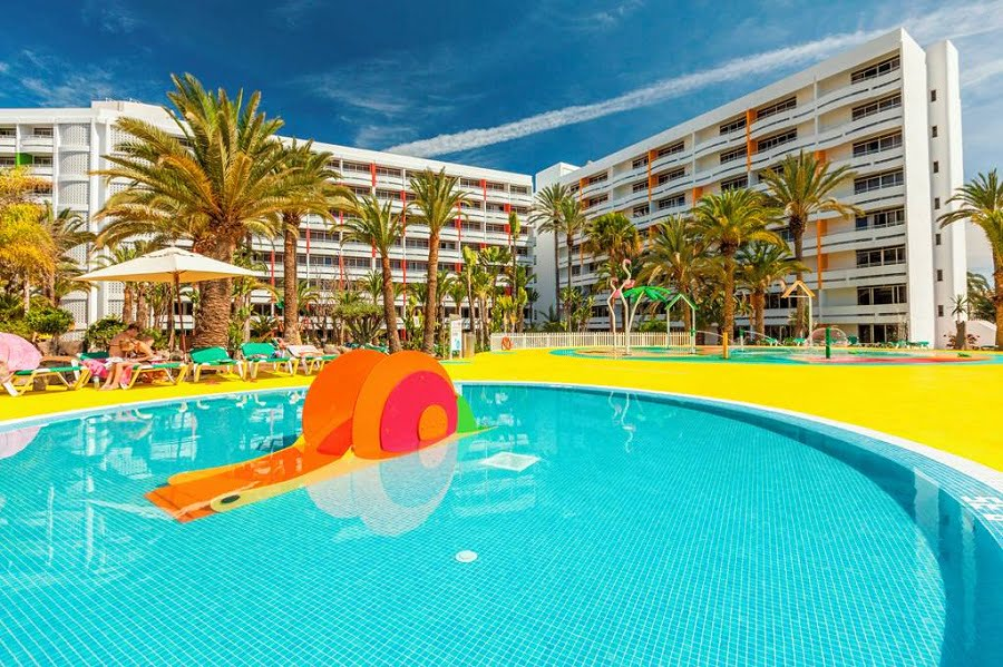 holidays for babies and toddlers in gran canaria