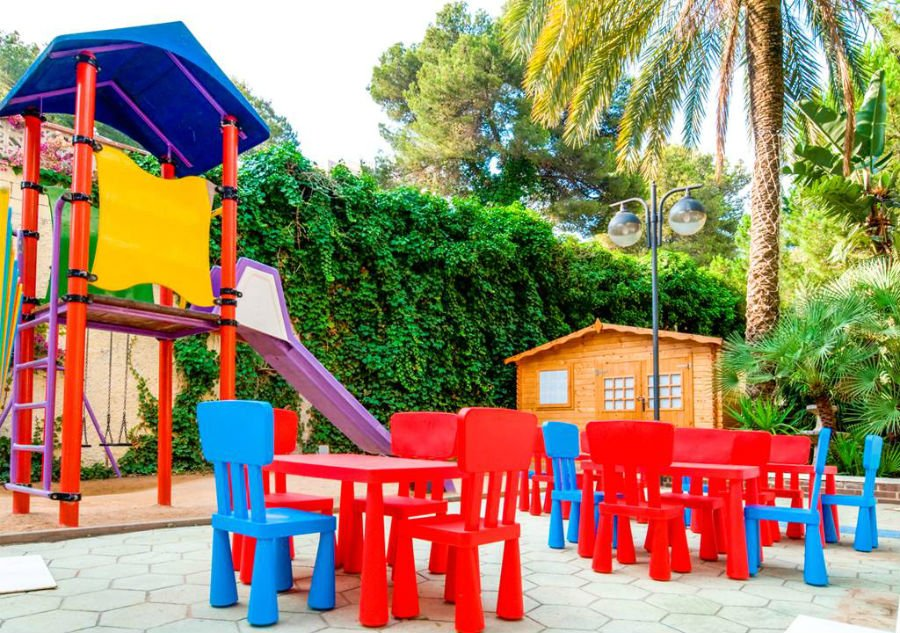 place to stay with babies and toddlers in the costa dorada