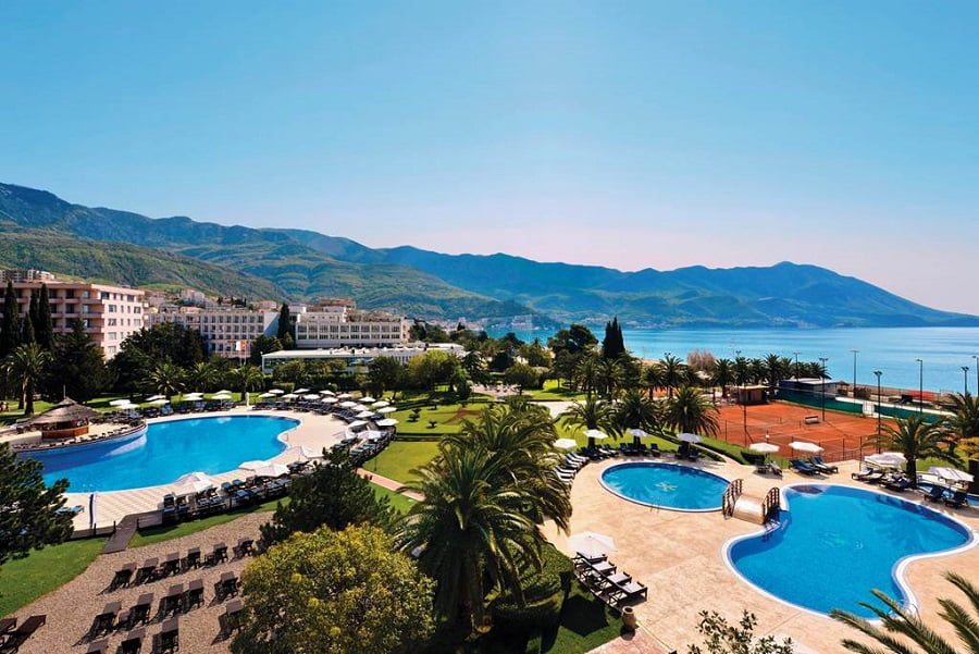 baby and toddler friendly hotel in montenegro