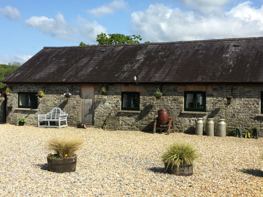 toddler friendly farm holiday wales