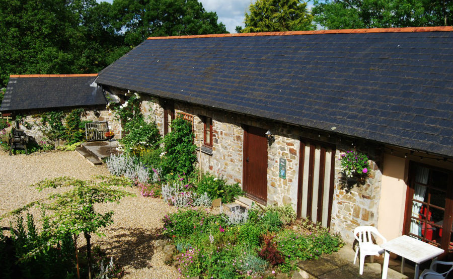 toddler friendly farm holidays devon