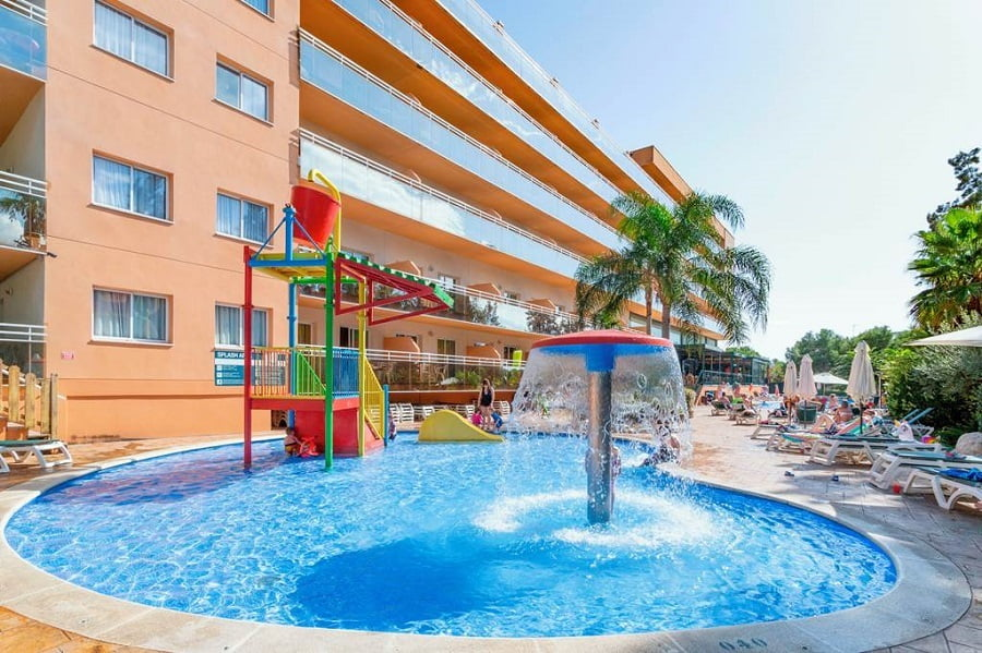 hotels with splash park