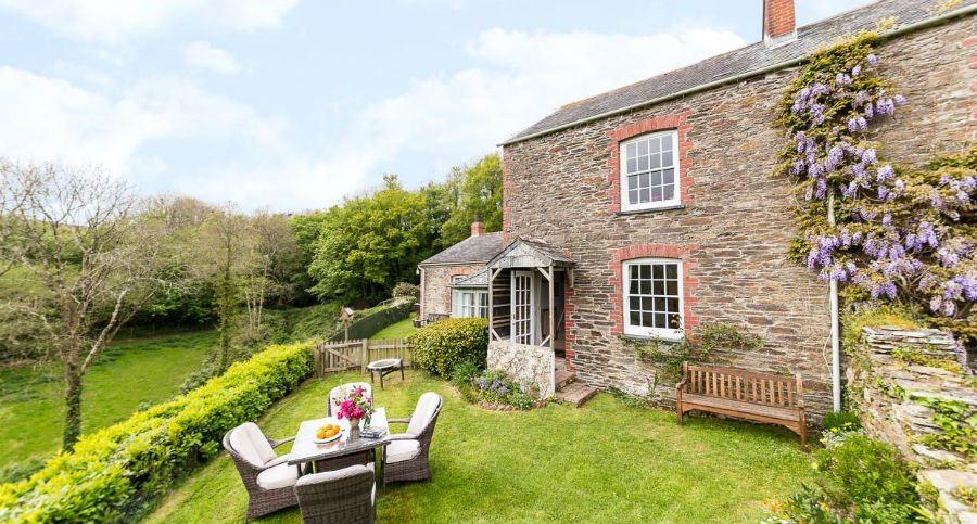 luxury holiday cottages for babies and toddlers in cornwall