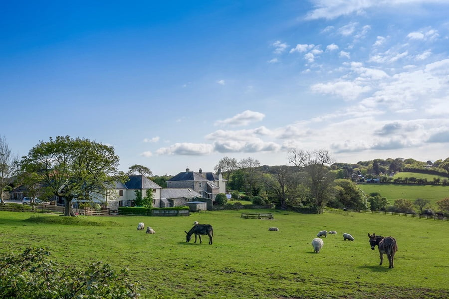 baby and toddler friendly cottages in cornwall close to beaches