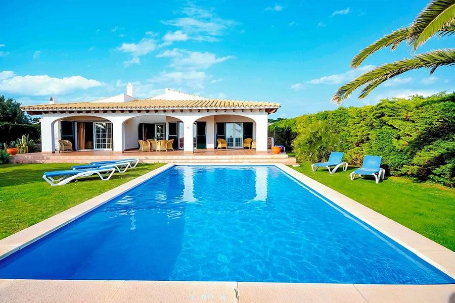 villas for toddlers in menorca