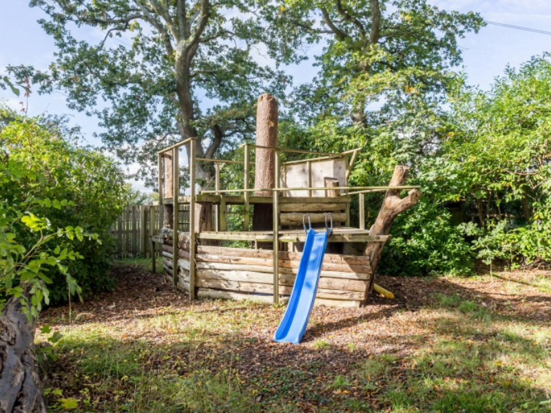 baby and toddler friendly cottage in the new forest