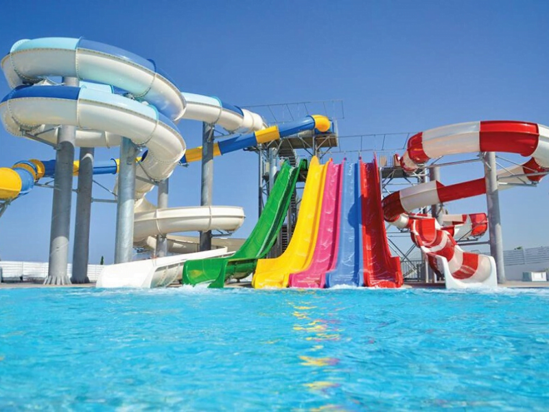 toddler friendly hotels with theme parks and waterparks