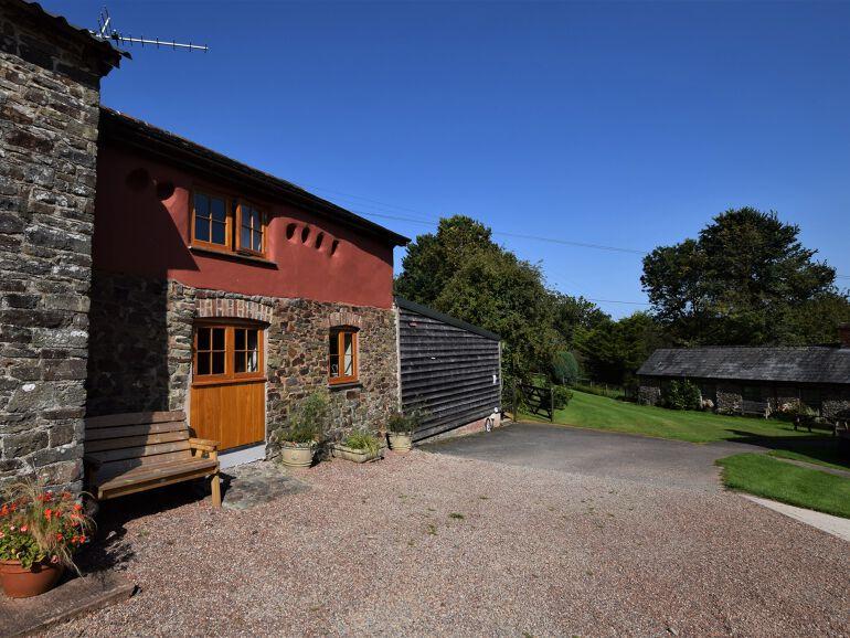toddler friendly cottage in devon