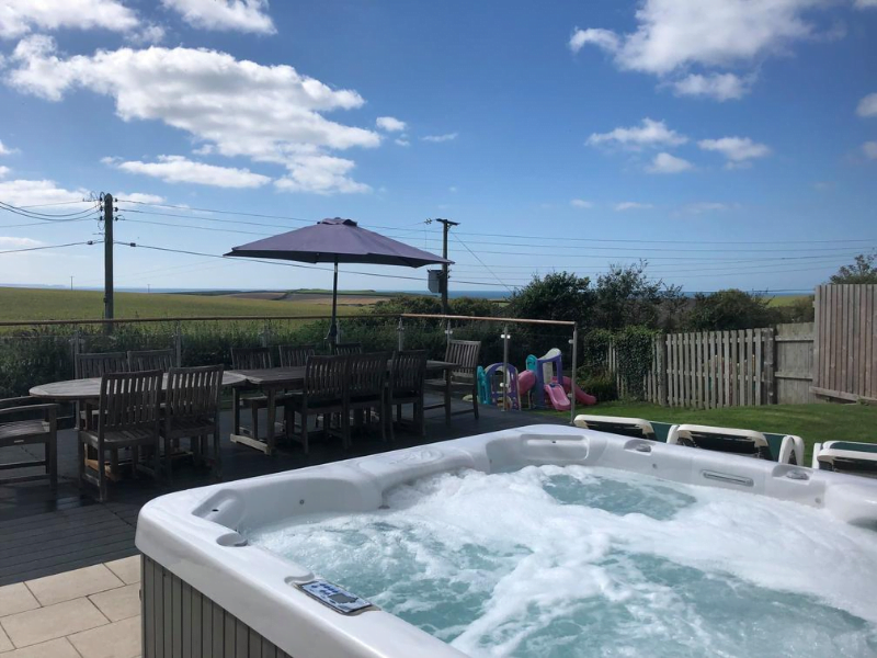 baby and toddler friendly place to stay in cornwall