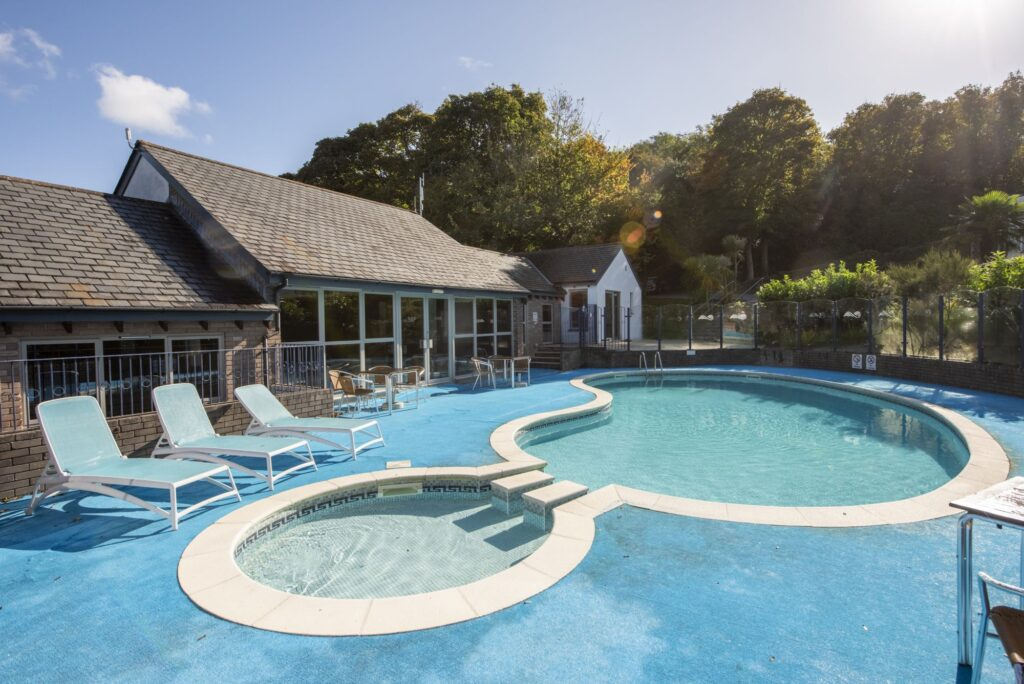 baby and toddler friendly place to stay cornwall