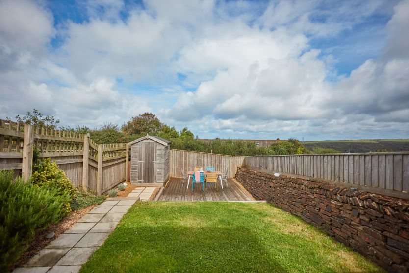 toddler friendly cottage with a garden in cornwall