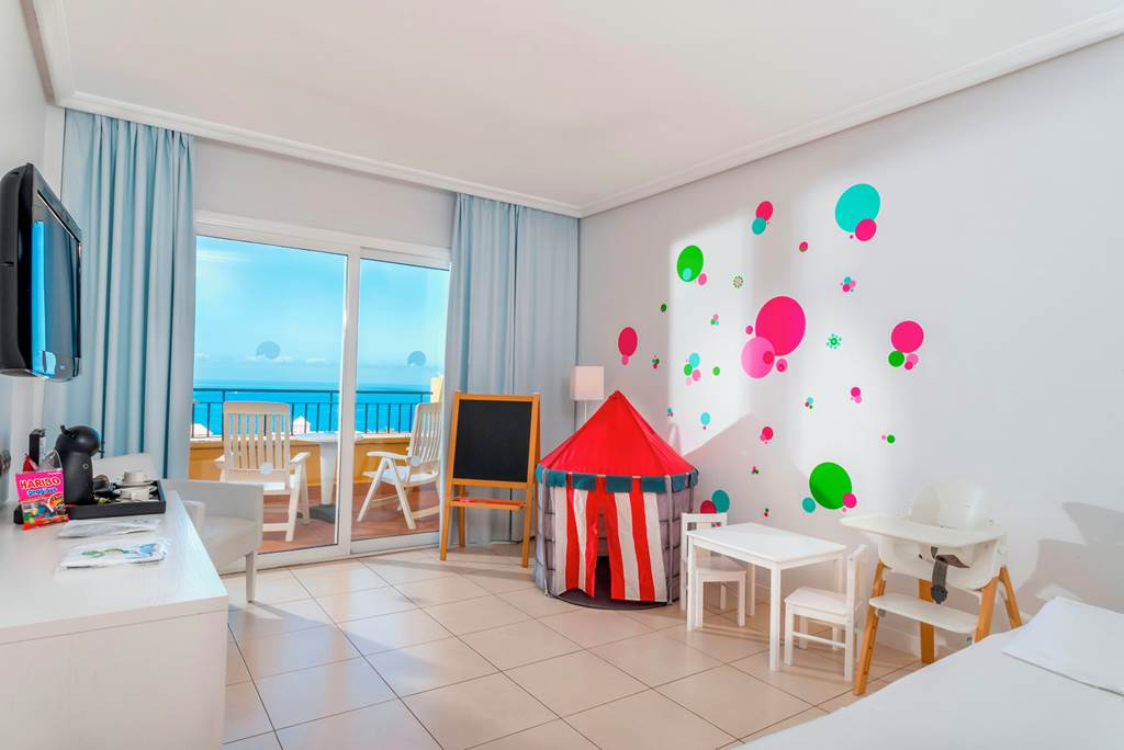 toddler friendly hotel in tenerife