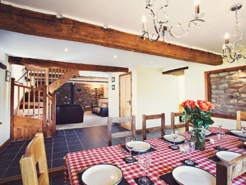 5* toddler friendly cottage near the brecon beacons