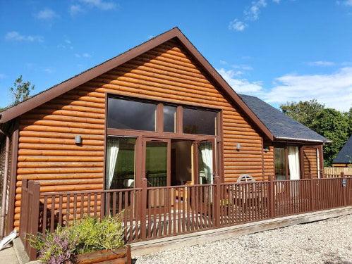 toddler friendly log cabin scotland