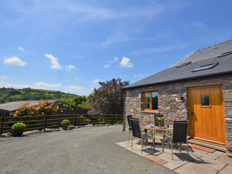 toddler friendly cottage near the brecon beacons