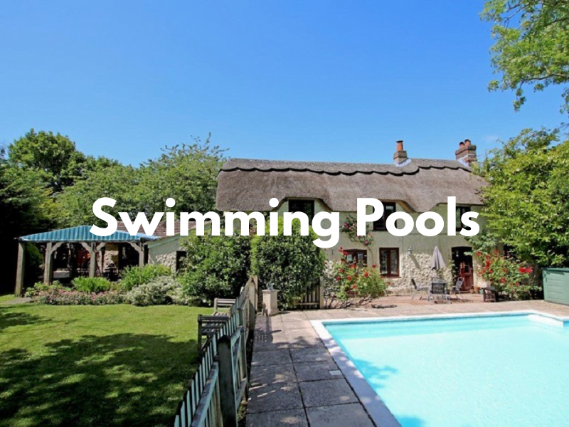 baby and toddler friendly places to stay with swimming pools