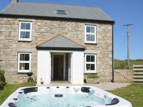 toddler friendly cottage on a working farm in cornwall