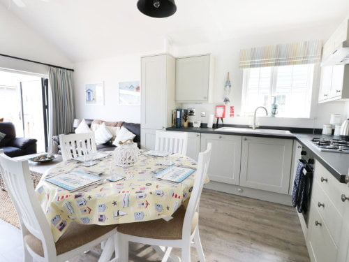 toddler friendly cottage near the beach in yorkshire