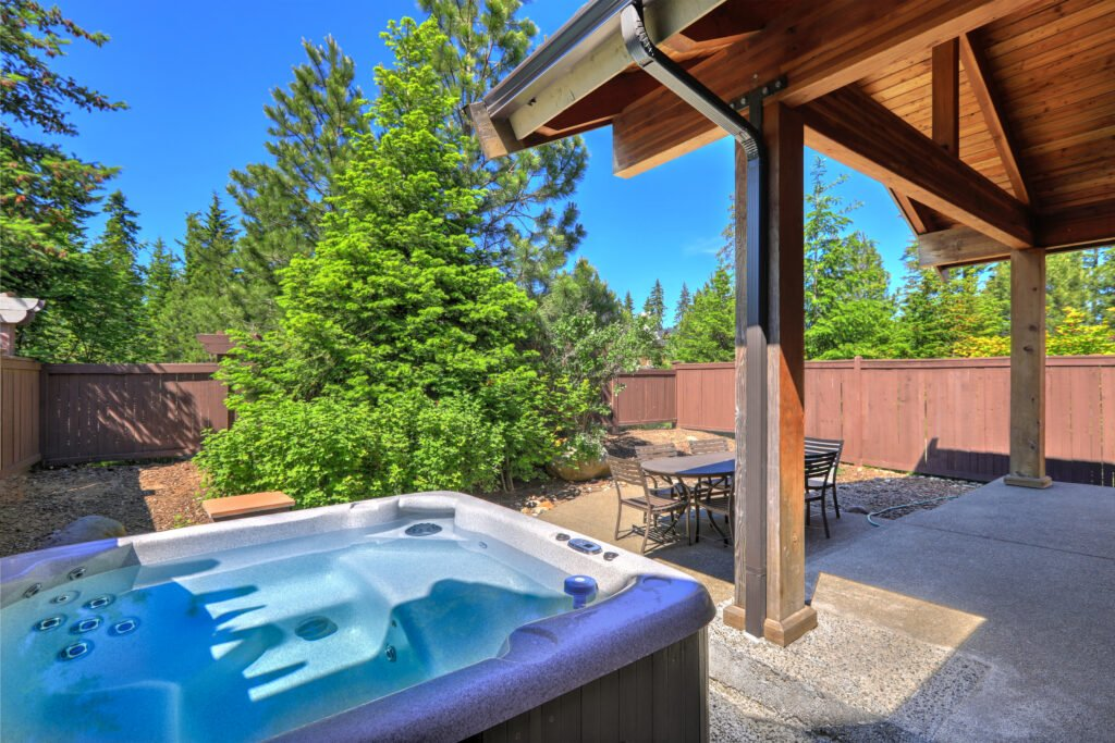 best baby and toddler friendly cottages with a hot tub