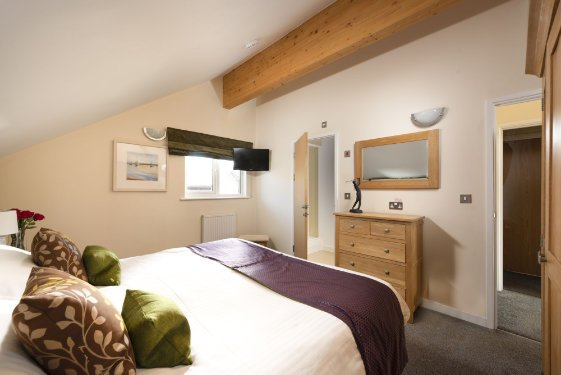 large baby and toddler friendly lodge in cornwall