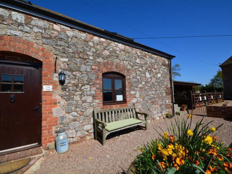 toddler friendly cottage on a farm in devon